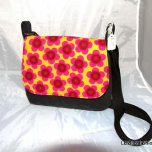 picture of mini messenger bag